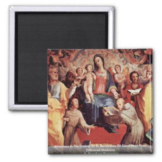 Altarpiece en el oratorio de St. Bernardino Imán Cuadrado
