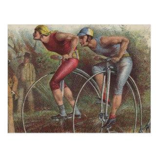 Altas bicicletas de la rueda del Victorian Tarjeta Postal