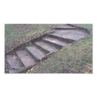 Altas escaleras de la piedra del parque impresiones fotograficas