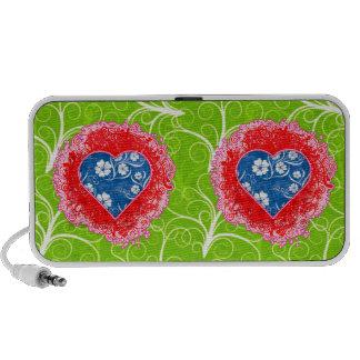 altavoces florales del doodle de los corazones