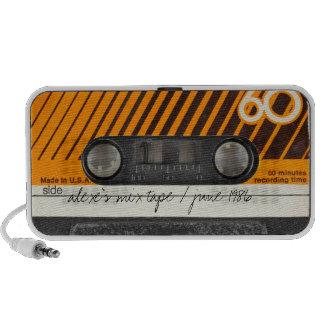 Altavoces viejos de la cinta de casete de la mezcl