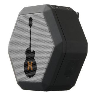 Altavoz de Boombot Rex con la guitarra Altavoces Bluetooth Negros Boombot REX