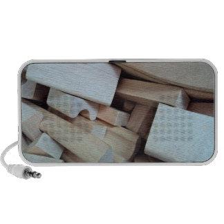 Altavoz de madera del Doodle de los bloques huecos