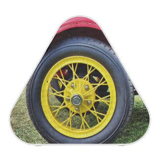 Altavoz del neumático de coche antiguo