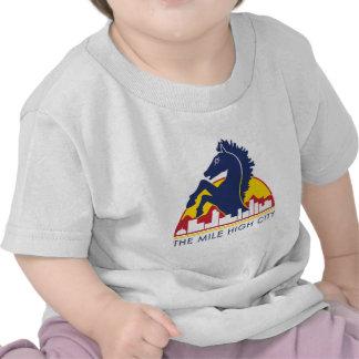 Alto caballo del azul de la ciudad de la milla camisetas