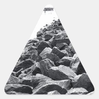 Alto paisaje dominante de la pared de mar de pegatina triangular