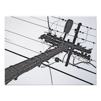 Alto voltaje - foto industrial blanco y negro