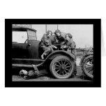 Altos mecánicos de automóviles 1927 de la tarjeta de felicitación