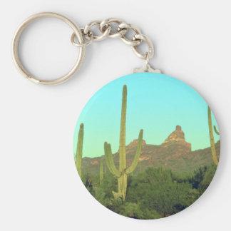 Altos Saguaros en el desierto Llavero Personalizado
