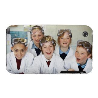 Alumnos (9-12) en la clase de la ciencia, iPhone 3 cárcasas