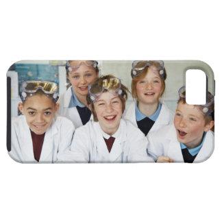 Alumnos (9-12) en la clase de la ciencia, iPhone 5 funda