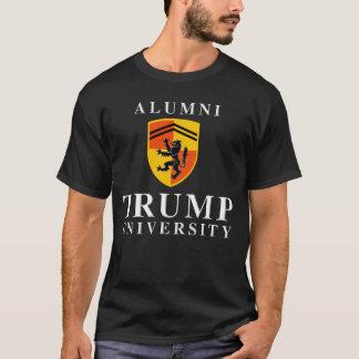 Alumnos de la universidad del triunfo playera