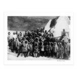 Alumnos esquimales en la fotografía de Alaska Tarjetas Postales