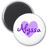 Alyssa en púrpura imán para frigorífico