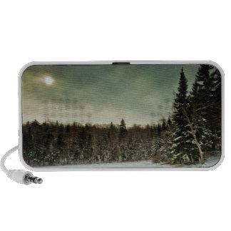 Alza agradable sobre el lago congelado en el estad notebook altavoz