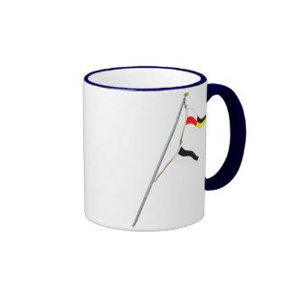 Alzamiento de la bandera de señal náutica del núme taza de café