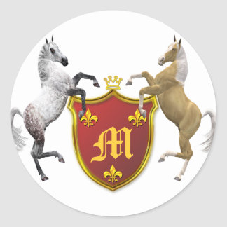 Alzar caballos con un escudo heráldico, con pegatina redonda