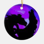 Alzar el ornamento del caballo adorno de reyes