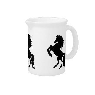 Alzar el semental/el caballo negros jarron