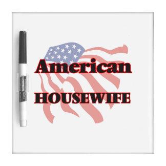 Ama de casa americana tablero blanco