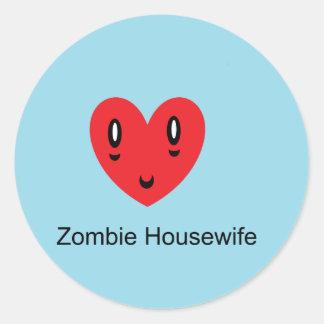 Ama de casa del zombi pegatina redonda