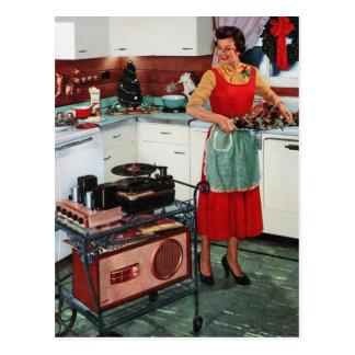ama de casa retra del vintage de los años 50 en tarjeta postal