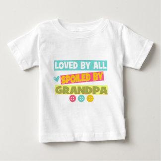 Amado por todos camisetas