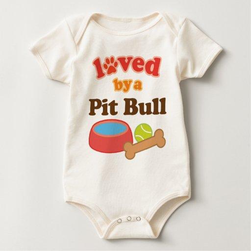 Amado por un Pitbull (raza del perro) Mamelucos De Bebé