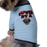 Amado por un St Bernard Camisas De Mascota