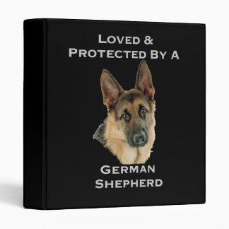 """Amado y protegido por un pastor alemán carpeta 1"""""""