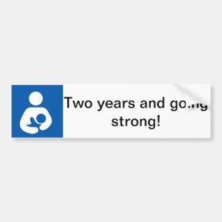 Amamantando dos años de fuerte pegatina para auto