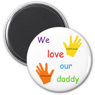 Amamos nuestras manos del papá 2 iman de frigorífico