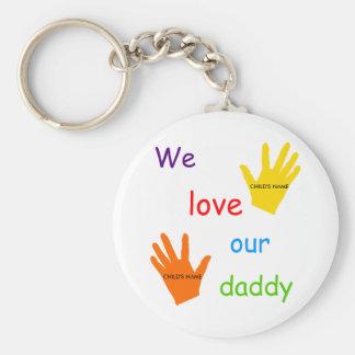 Amamos nuestro llavero del papá (2 niños)