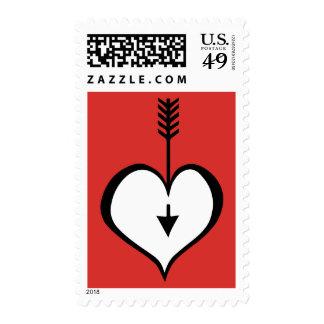 Amándole sello blanco rojo del corazón