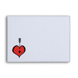 Amándole sobre blanco rojo de la tarjeta