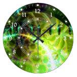 Amanecer del tiempo - la cal y el oro emergen el e relojes de pared