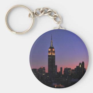 Amanecer: Empire State Building todavía encendido Llavero Personalizado
