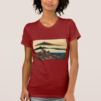 Amanecer en Isawa en la provincia de Kai Camisetas