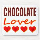 Amante del chocolate con las cajas en forma de cor tapetes de raton