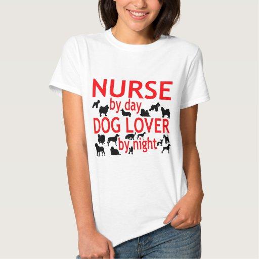 Amante del perro de la enfermera remera