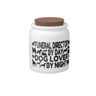 Amante del perro del director de funeraria jarras para caramelos