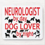 Amante del perro del neurólogo alfombrilla de ratones
