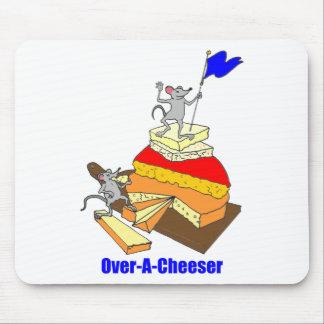 Amante del queso del Sobre-Cumplidor Mousepads