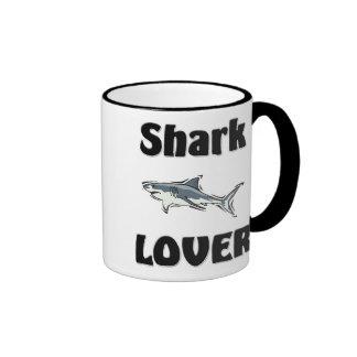 Amante del tiburón taza a dos colores