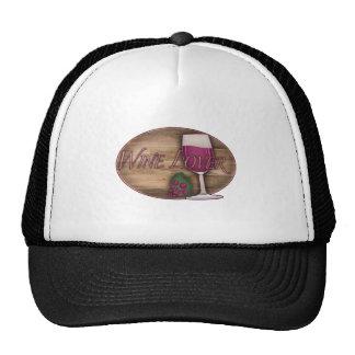 Amante del vino en el óvalo de madera gorras