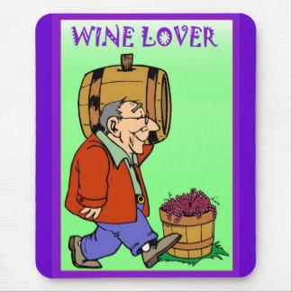 Amante del vino, llevando un barril tapetes de raton
