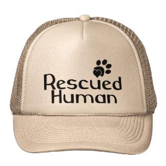Amante humano rescatado del perro gorros