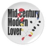 Amante moderno de los mediados de siglo plato de comida