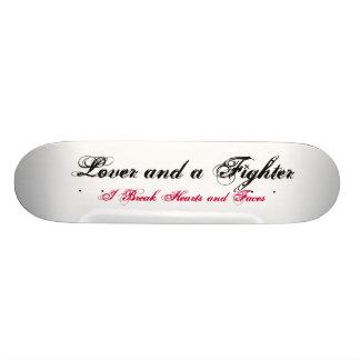 Amante y un combatiente tablas de patinar