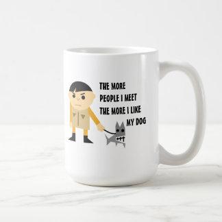 Amantes chistosos del perro taza de café